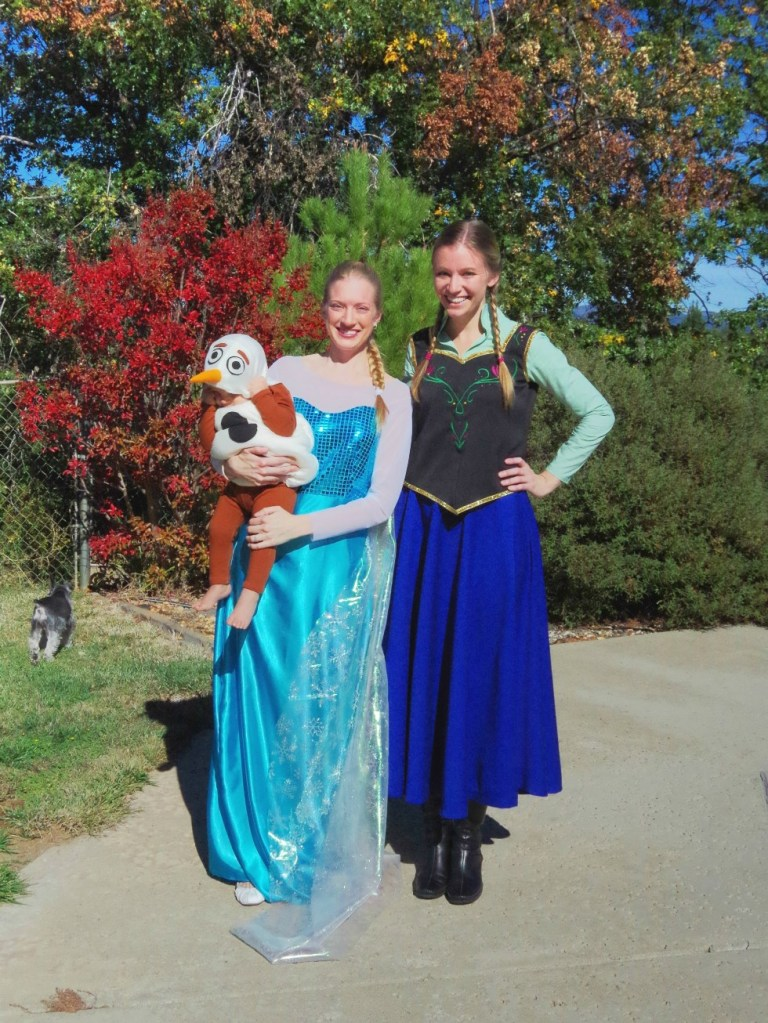 Frozen Costumes | Life by Ky Blog