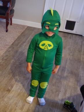 DIY PJ Masks Gekko Costume | Life by Ky Blog